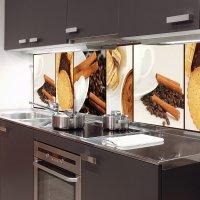 Kuchnia z fototapetami na ścianach