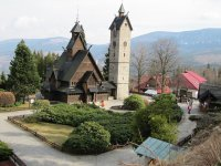 kościółek drewniany w karpaczu