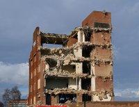rozbiórka starego budynku