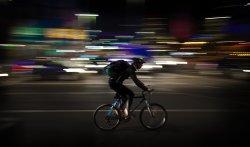 przesyłka kurierska na rowerze