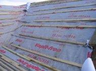 płachty folii dachowej