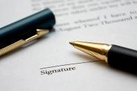 długopis i umowa